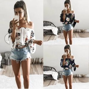 2bb91c9ac7c747 Tops - Long sleeve floral open shoulder top